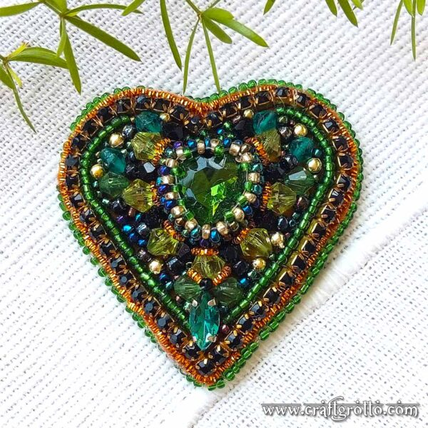 Green Glow 🌟 Handcrafted Designer's Beaded Brooch